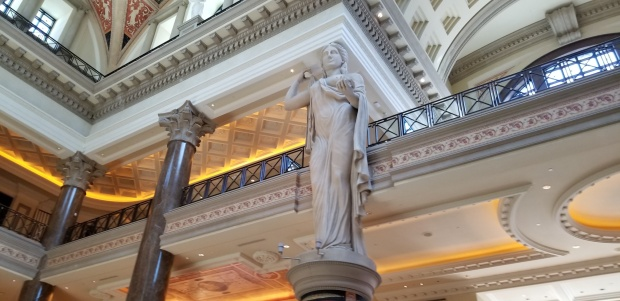 LV forum statues
