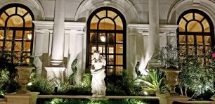 pool statue venetian