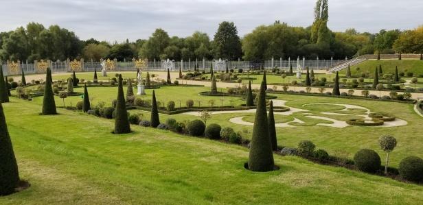 HCP privy garden