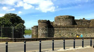 beaumaris castle ruins