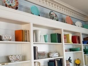 wrigley inn mt ada bookshelves
