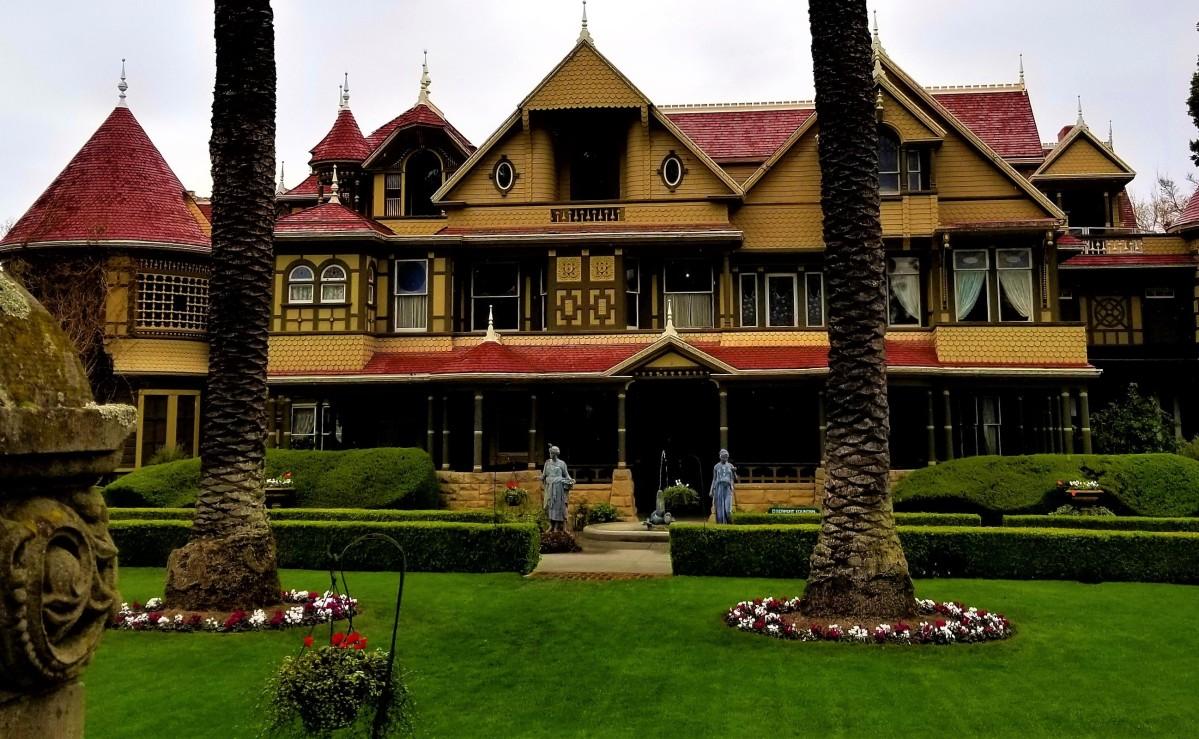 Veronica's #WritersDiary, #Mystery Mansion #InspirationResearch (IR)