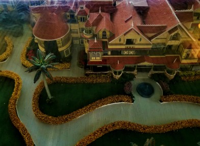 winchester mystery mansion model