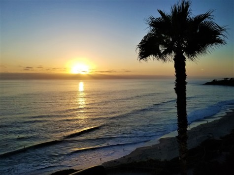 ritz laguna sunset over the beach